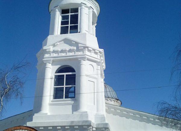 Храм Алешки